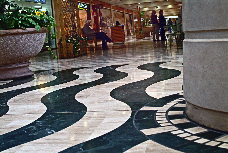 Le Vele Shopping Mall