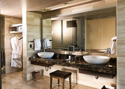 M Resort Las Vegas Loft bath